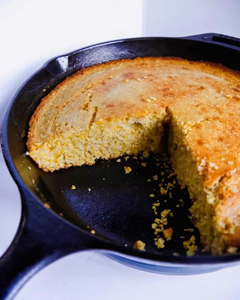 fresh cornbread made from scratch